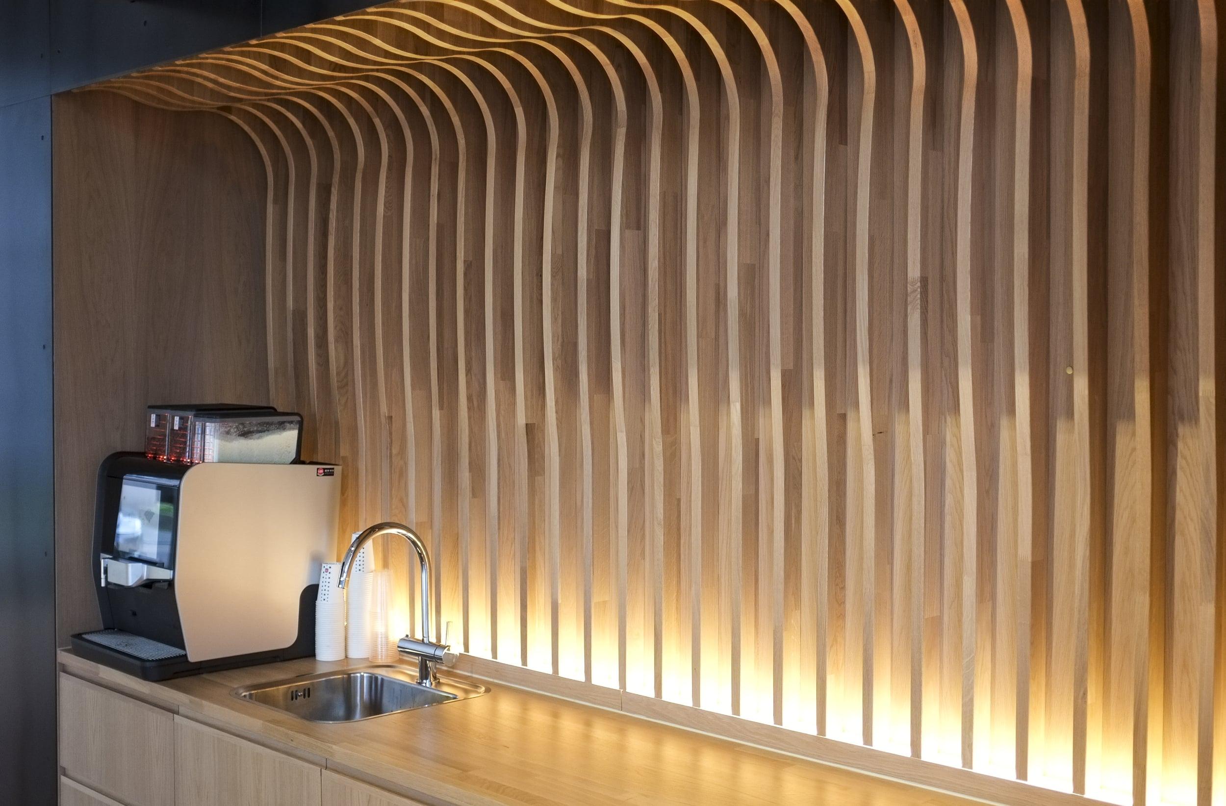 Light Bureau - Lundin 6.jpg