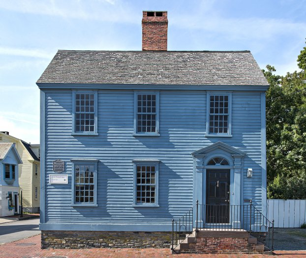 The Thomas Townsend House painted in a bright colonial blue circa 1735.