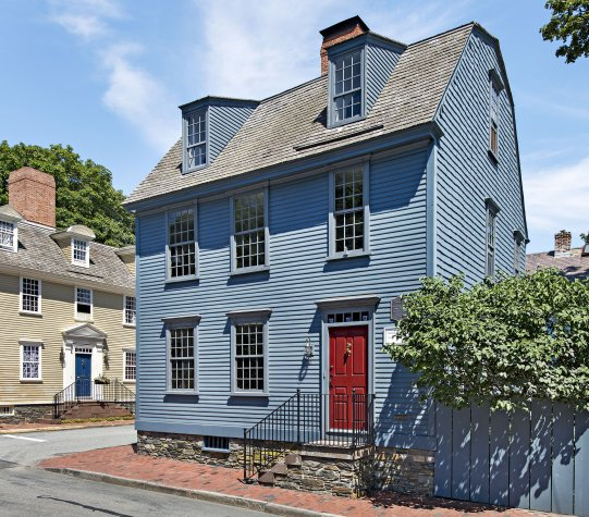The Solomon Townsend home circa 1728.  Again classic colors here with the colonial blue and red door.