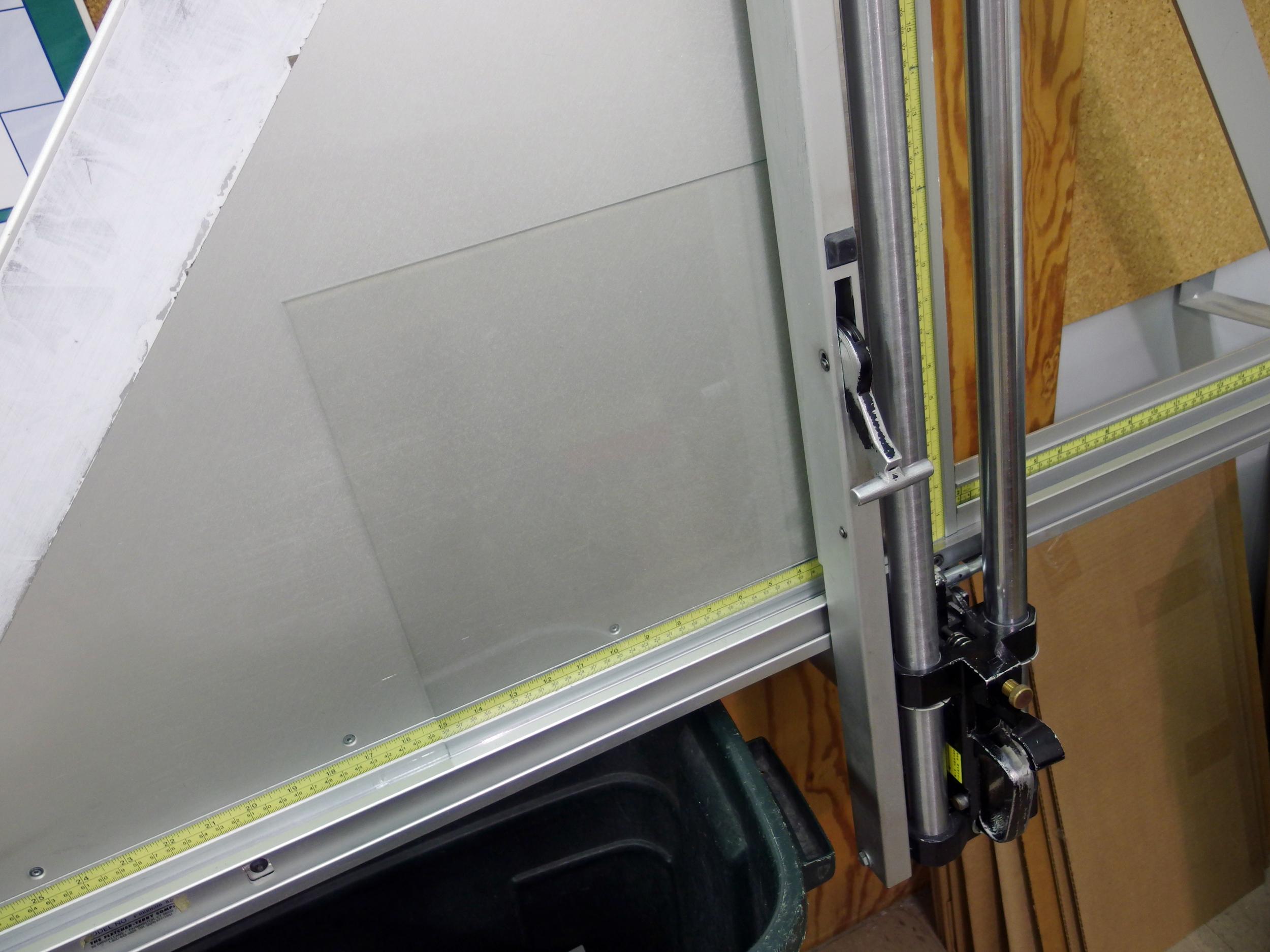 Wall cutter