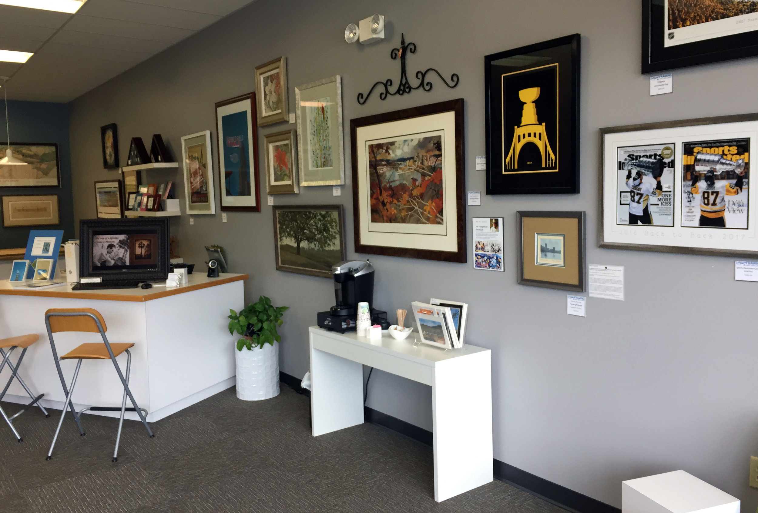 Lois Guinn Framing front room