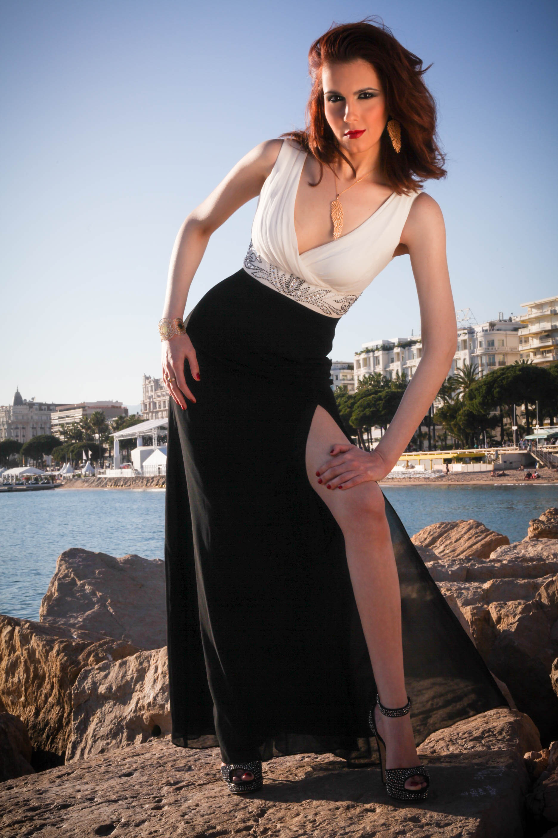 Cannes Promenade Photo Shoot... On the Rocks 2