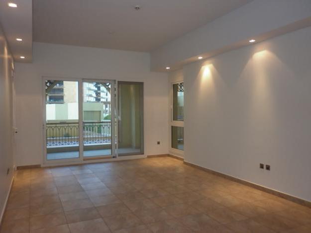 1318227405_262226349_5-Beautiful-2BRMaids-Type-C-Marina-Residences-Palm-Jumeirah-Real-Estate.jpg