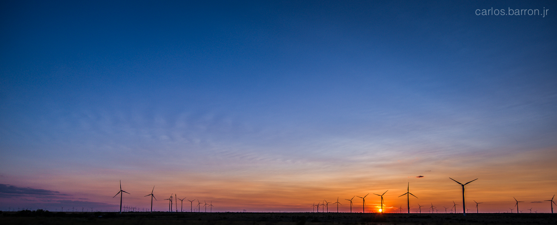 texas_windmills_panorama_cbarronjr