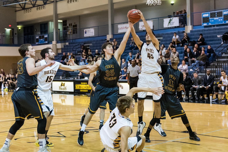 SUvsTLU-basketball-310.jpg