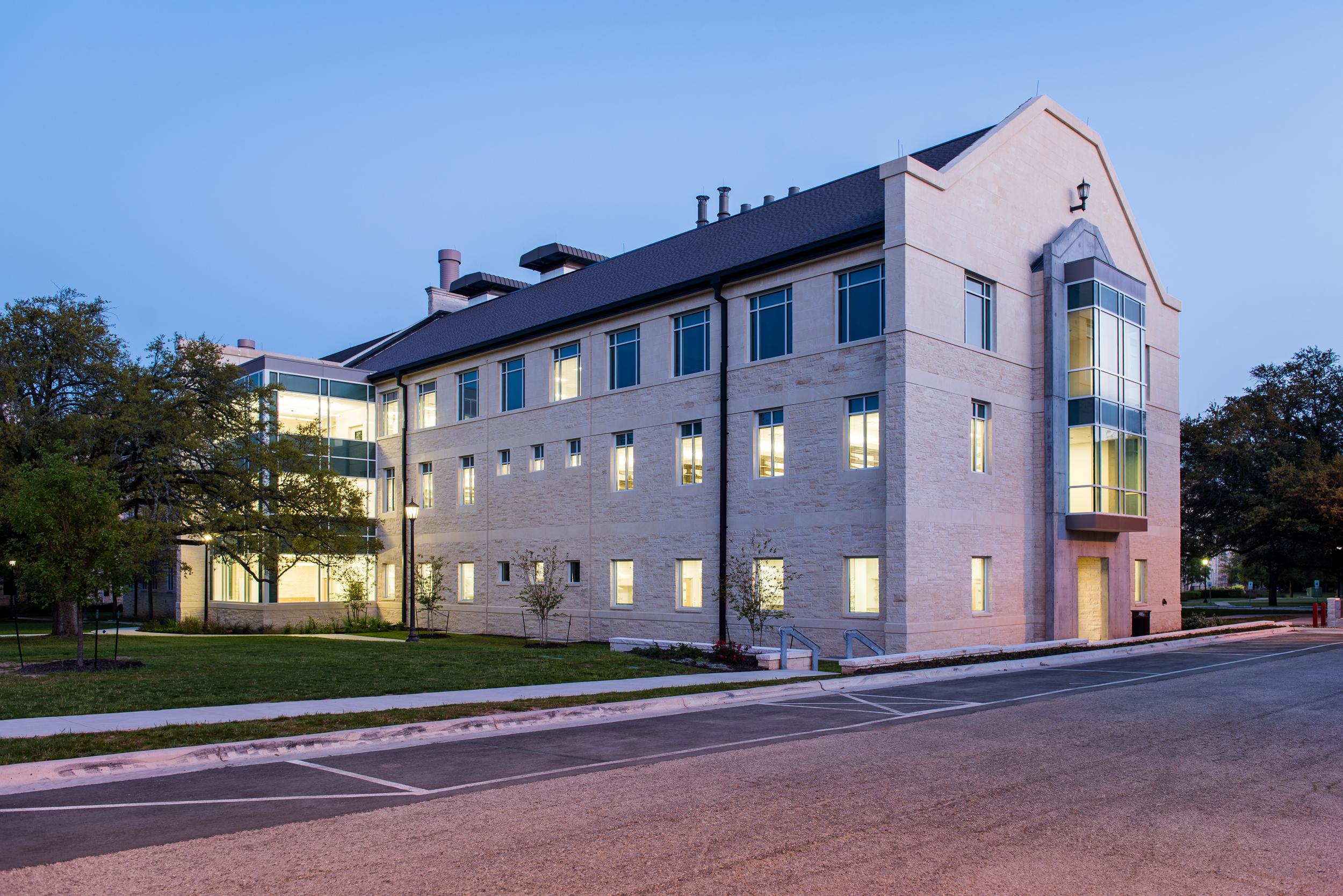 Southwestern-University-Science-Center-3553-HDR-edit.JPG