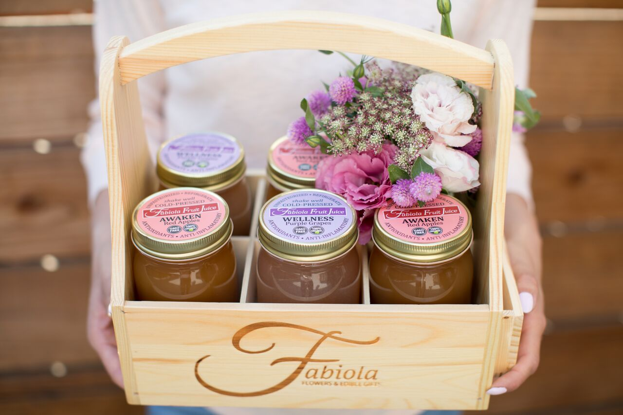 Fabiola Flowers & Edible GIfts