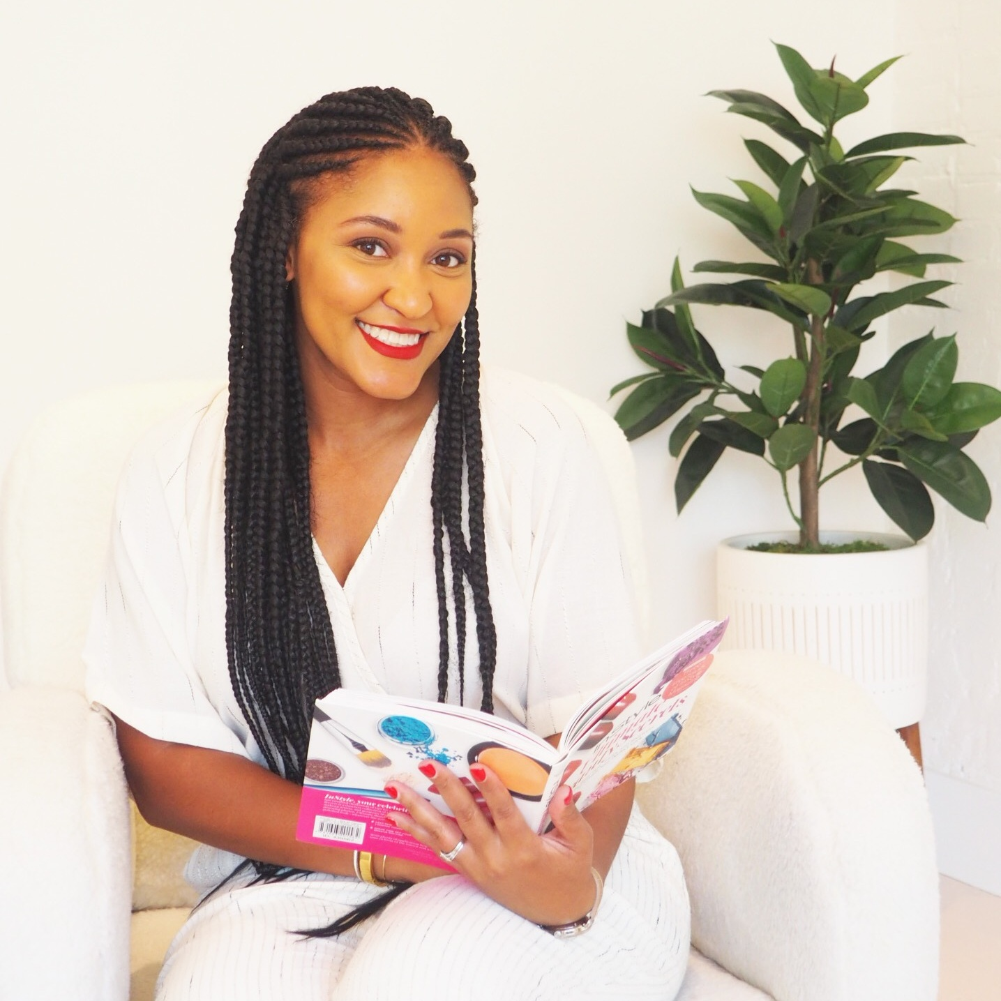 The Wellness Apothecary - (@thewellnessapothecary)This company was founded in Washington D.C. in March of 2018 and launched in March of 2019. The first time they sold with us was in Spring 2019 and immediately their products caught our eye. Founded by Taiyiana Reed, a clinical pharmacist and wellness expert, the brand focuses on curating the most affordable, clean, and healthy beauty products.Products are carefully chosen - they must be free of carcinogens, sulfates, parabens, and must also be vegan, cruelty-free, and eco-friendly. Perfect products for our quests for self-care and conscious consumer decisions!