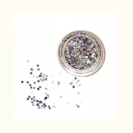 Glitterly Guilt-Free Chunky Chunk Tubs (15) - Magic and Manifest is a clean, beauty brand dedicated to being transparent. Their products are not only music-festival friendly, but also environmentally-friendly! Their glitter and face stickers are completely biodegradable because they're not made from plastic.