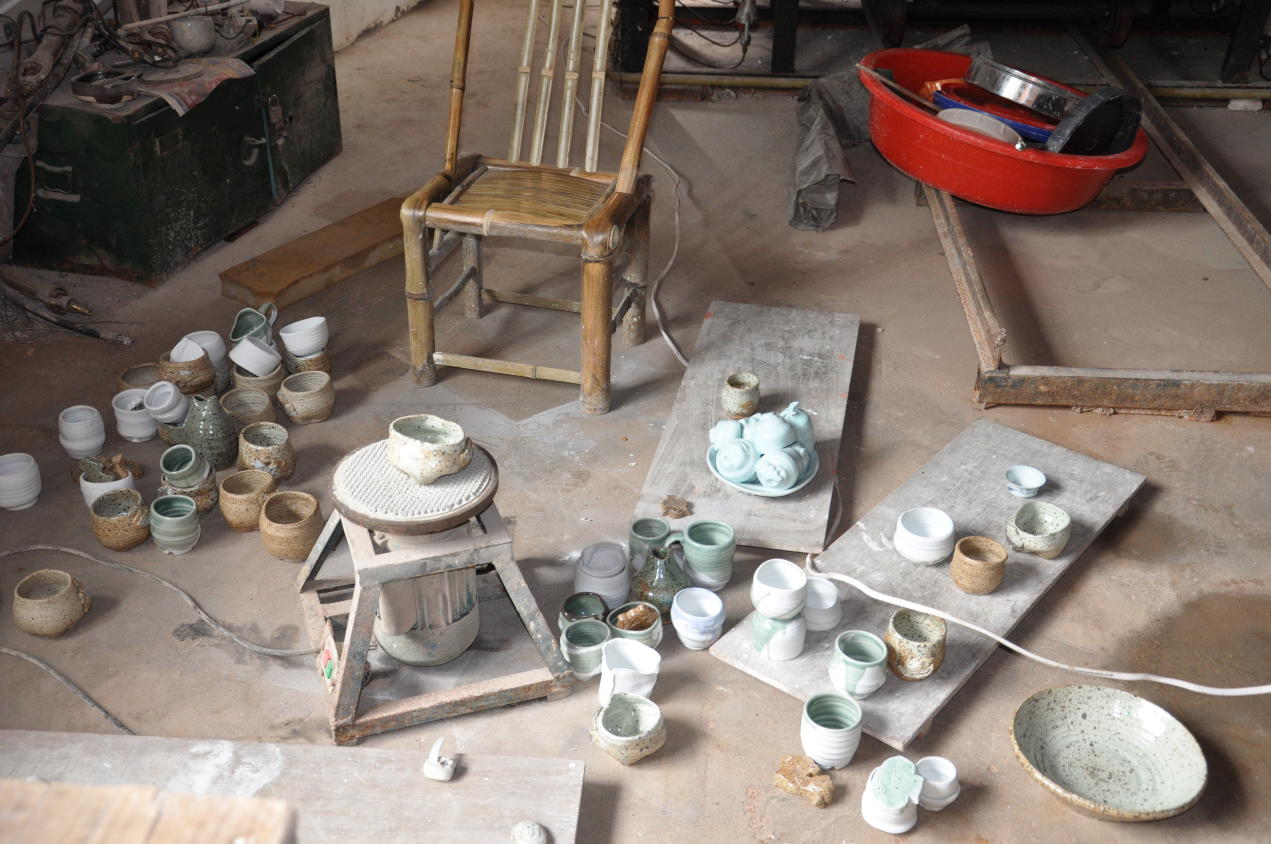 photo document of works done in short stay at sanbao, jingdezhen, china.