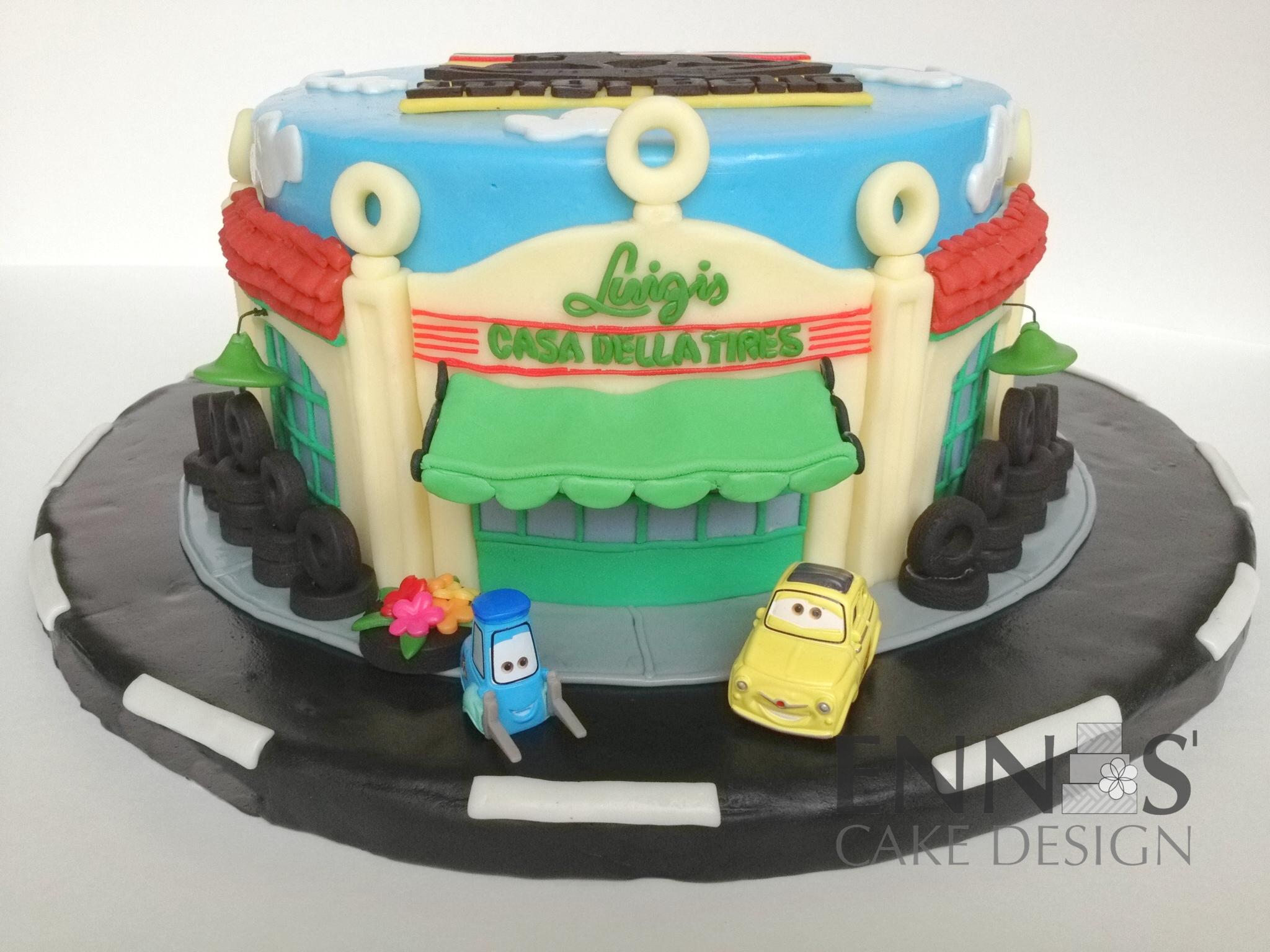 Cars-Luigi-cake.JPG