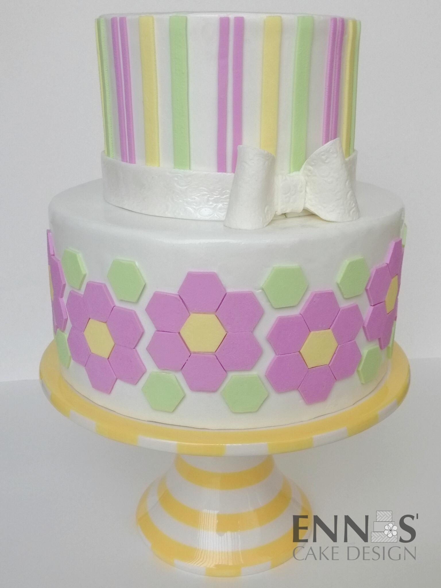 hexagon-cake.jpg