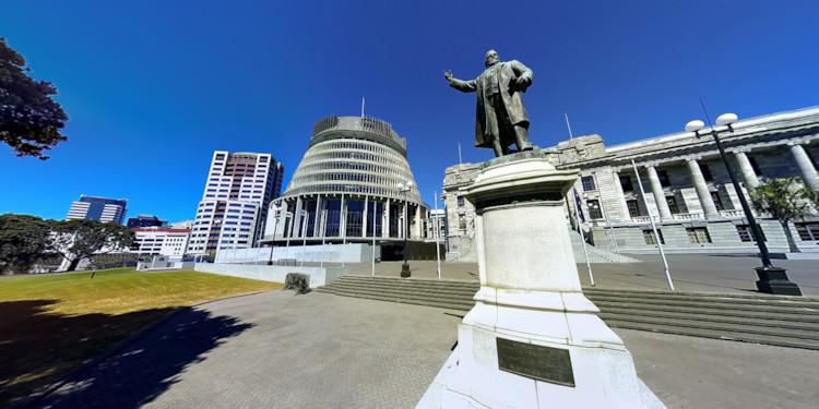 Beehive & Richard Seddon Statue