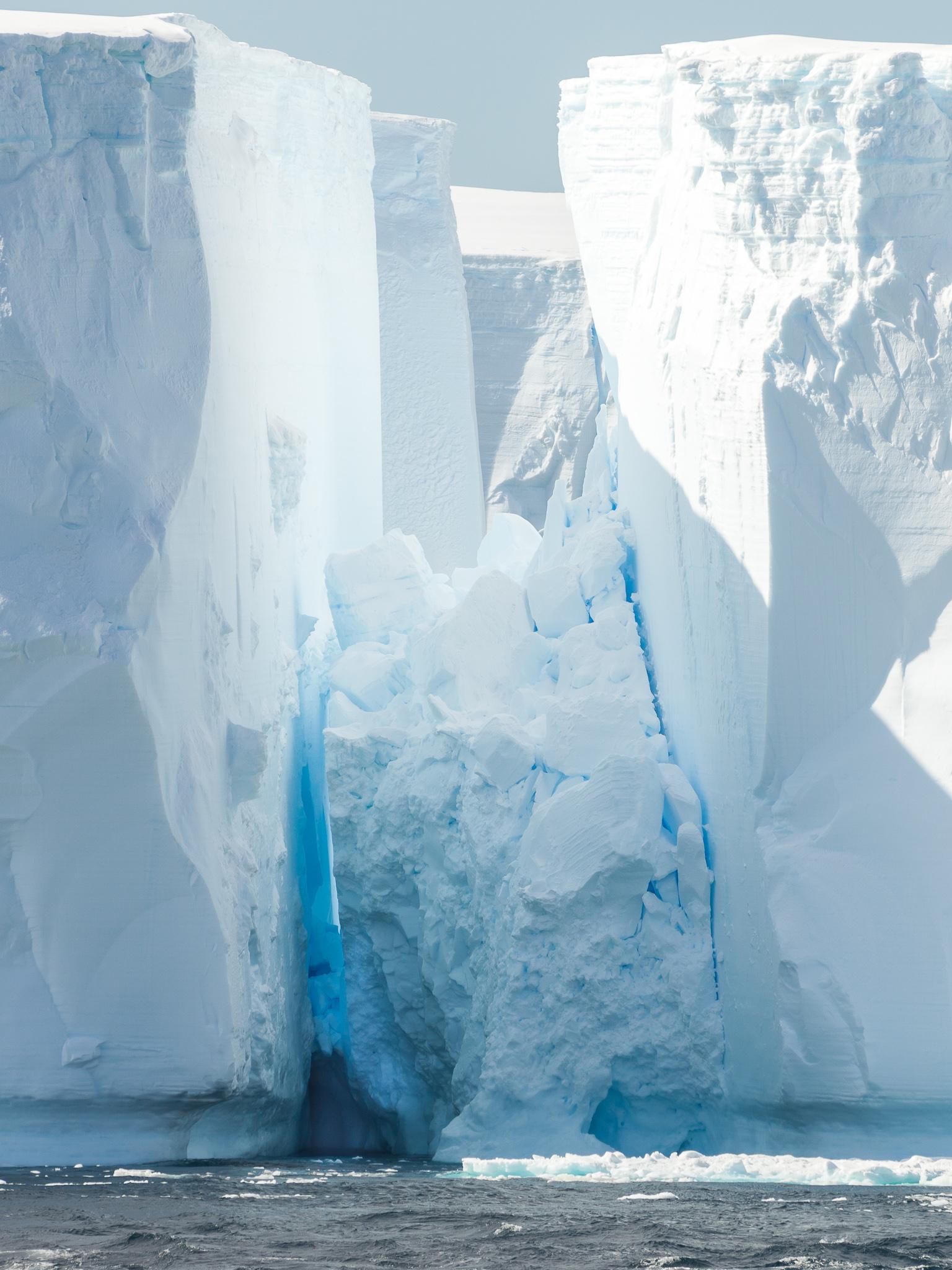 Tabular Iceberg - Weddell Sea -   Tony Redhead