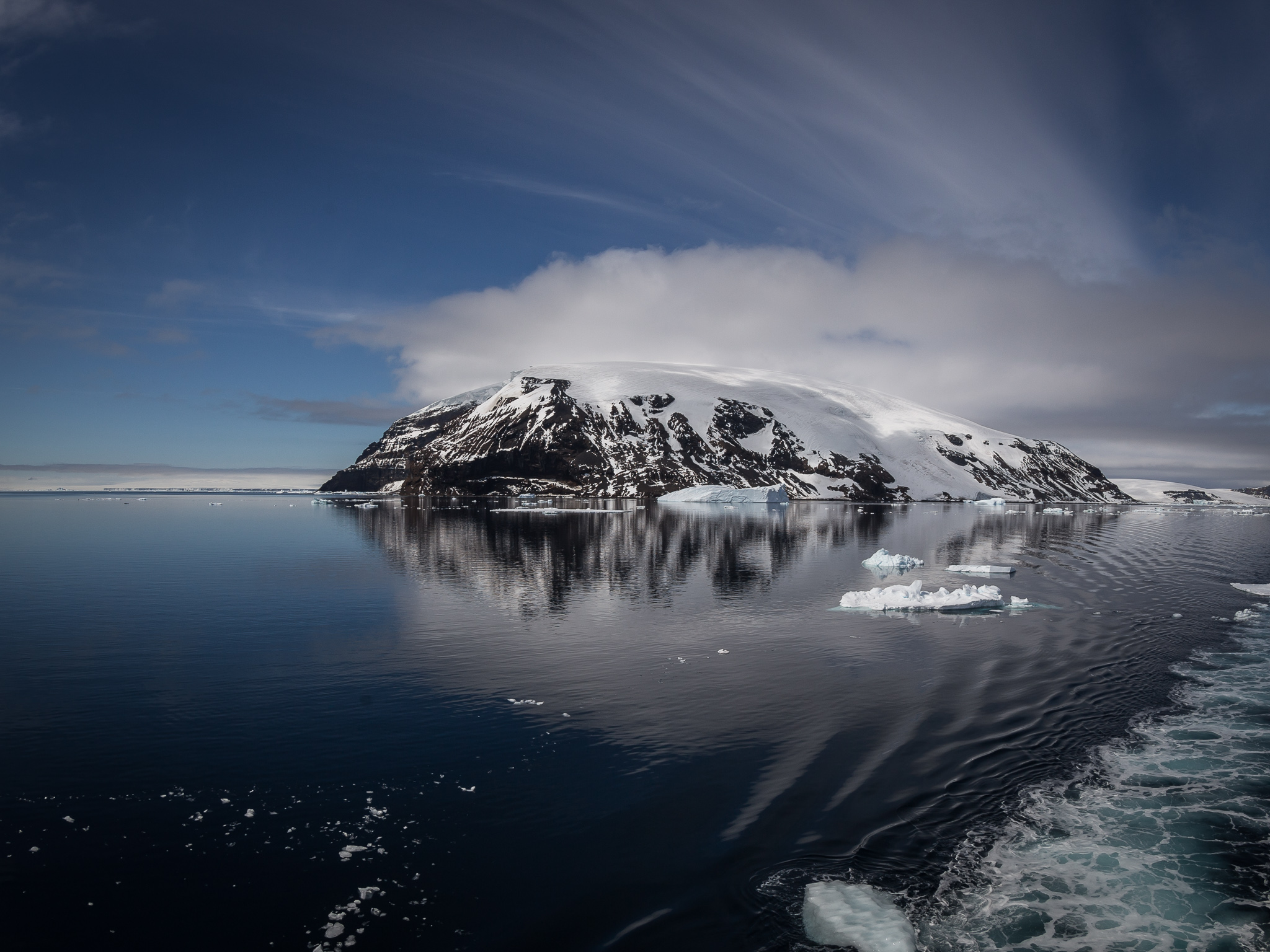 Snow covered island - Weddell Sea -   Tony Redhead