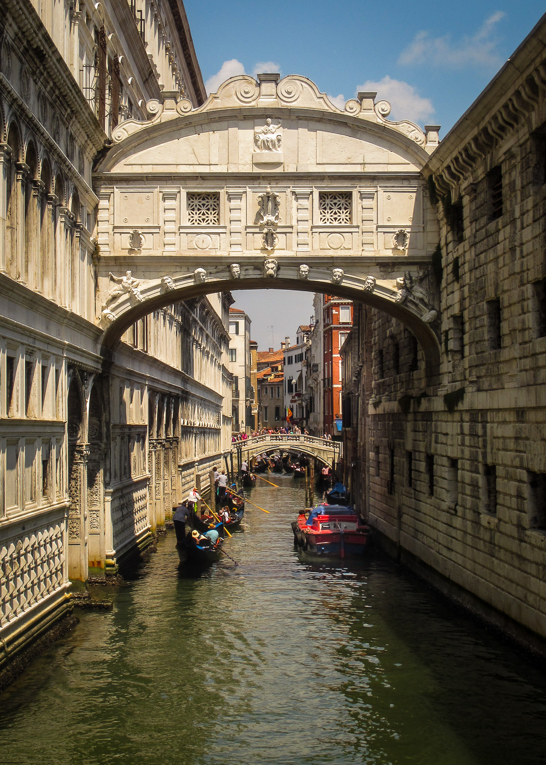 Whispering Bridge, Venice