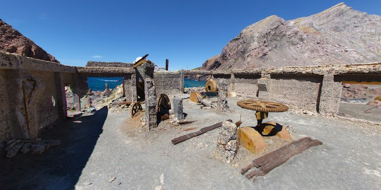 White Island - Old Sulphur Factory