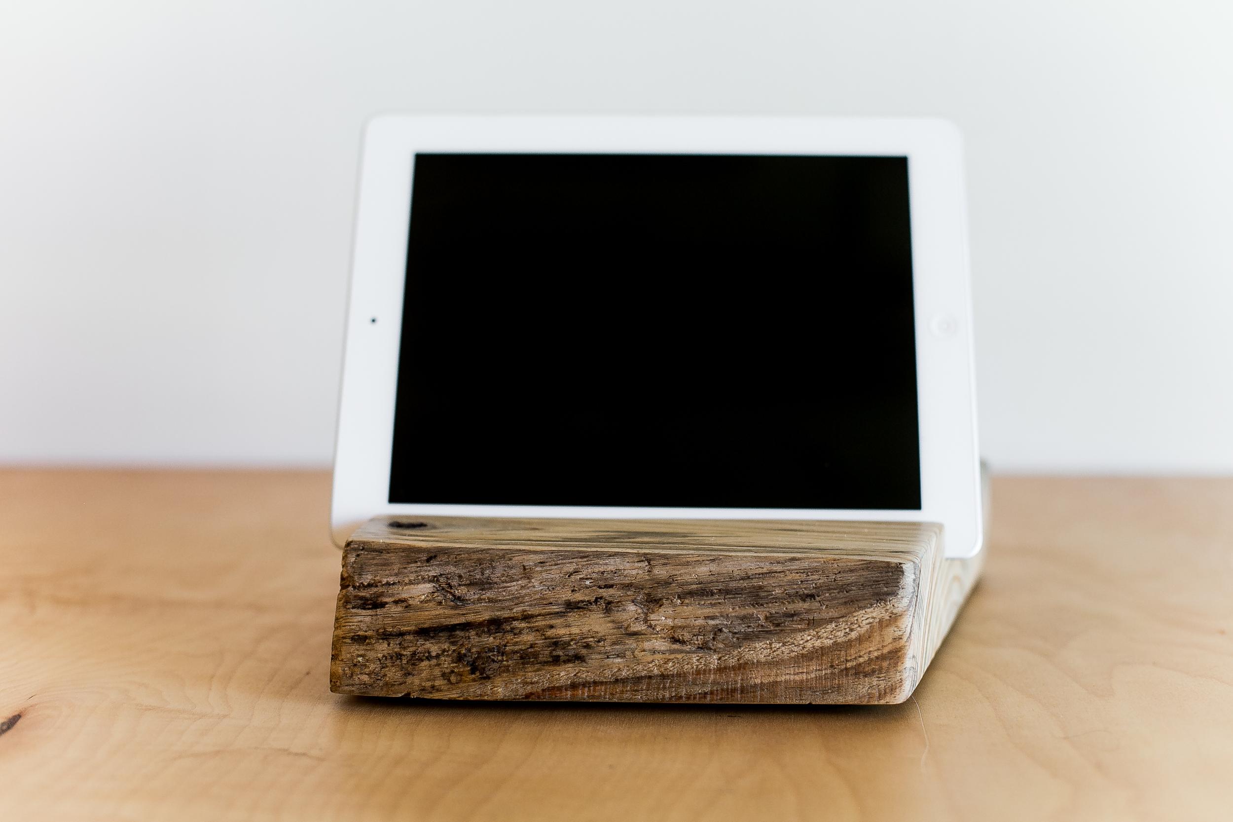 iPad Stand | 003