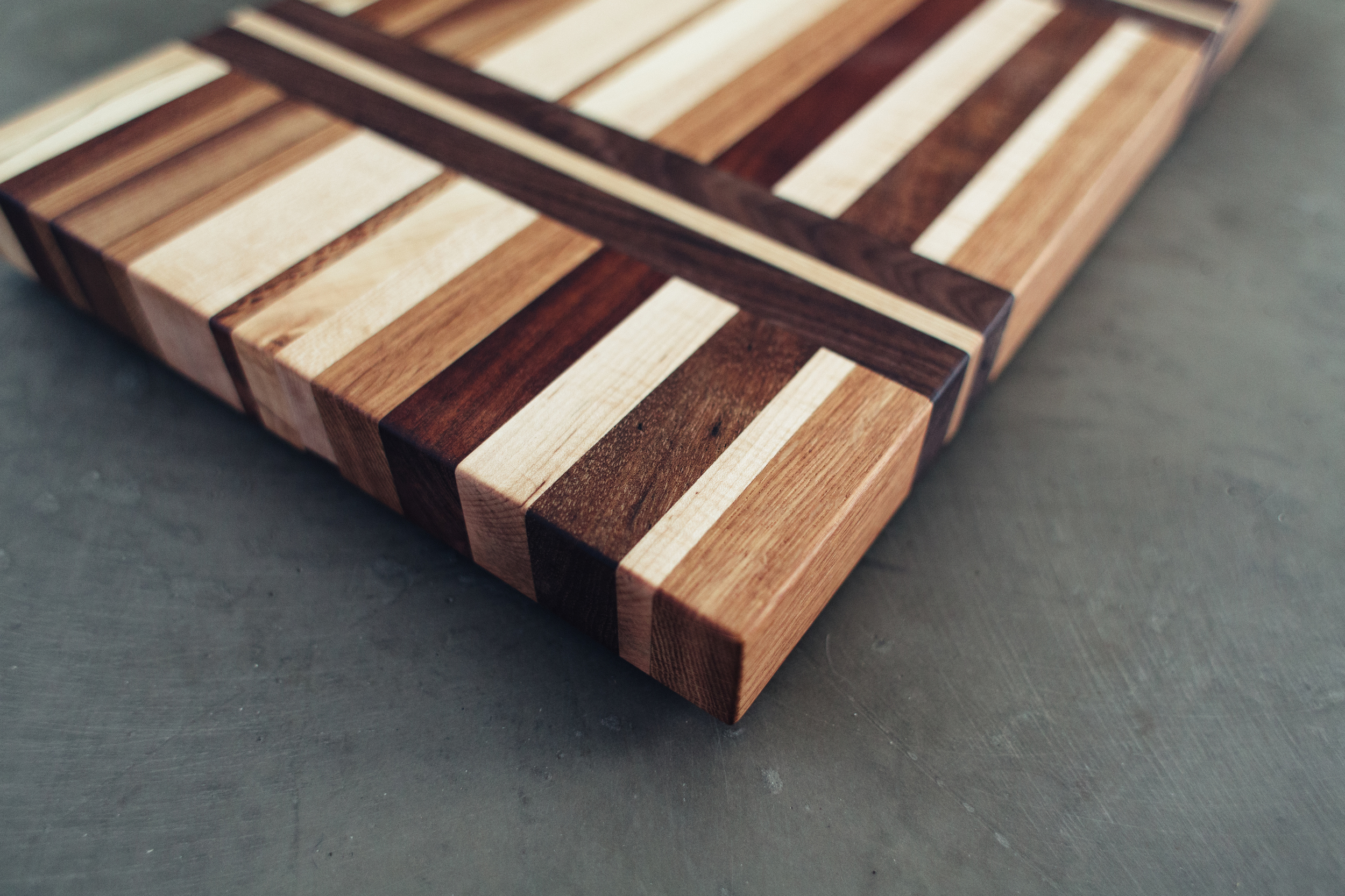 custom cutting board - Ellen-5.jpg