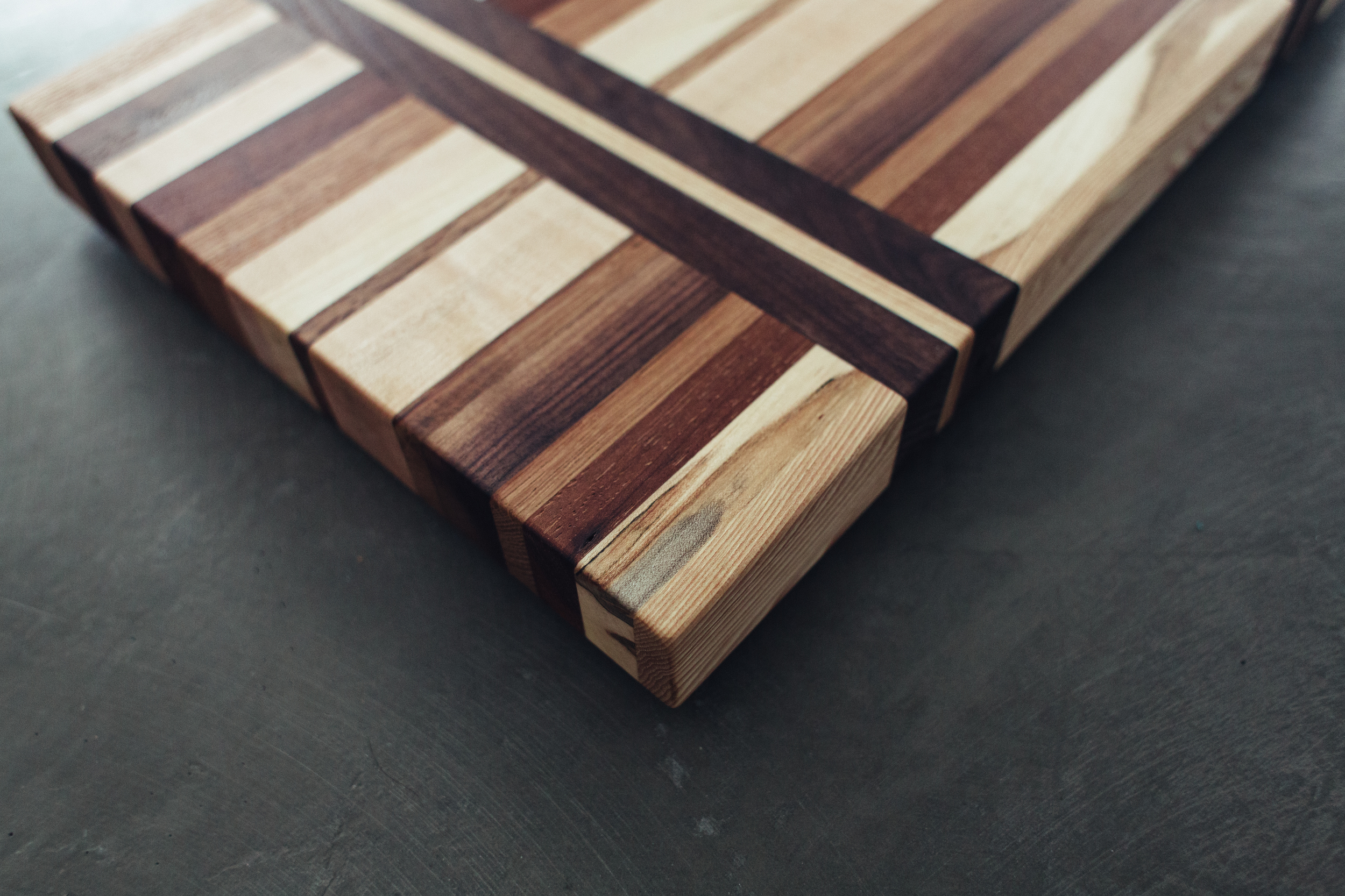 custom cutting board - Ellen-7.jpg