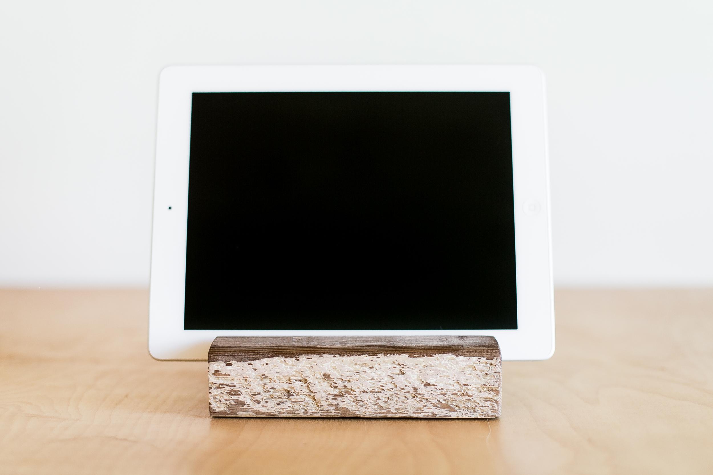 iPad Stand | 012
