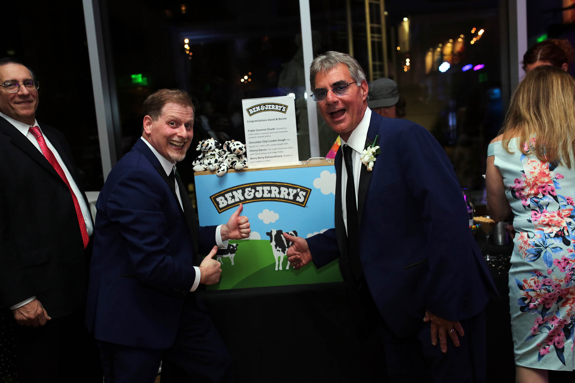 David runs a ben & jerry's in LA so he surprised his guests with an Ice Cream bar to wrap up the evening, yum!!