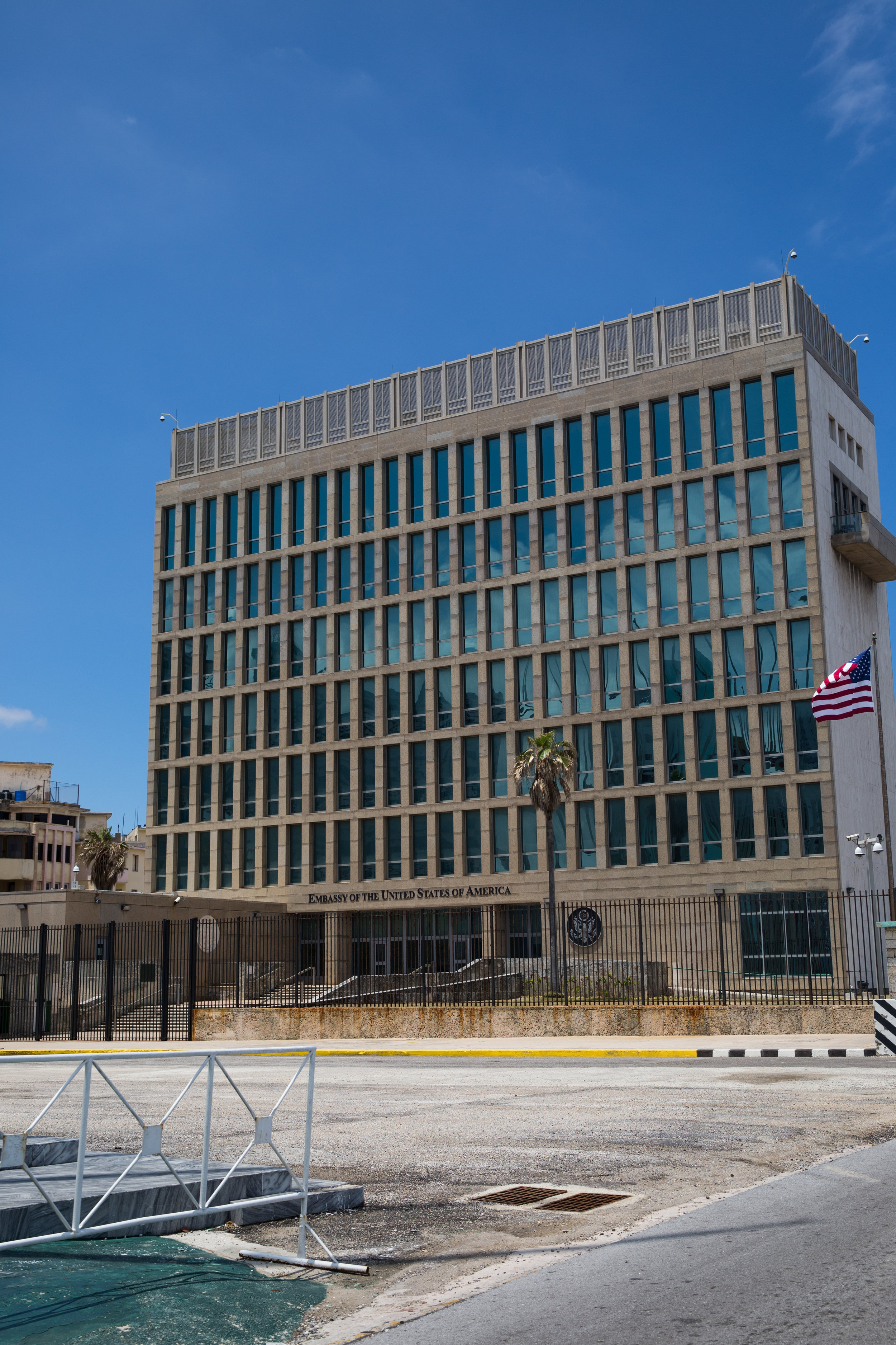 Located on the Malecón, the US Embassy had been shuttered for over 50 years until the Obama presidency. Even now it stands fairly quiet it seems.