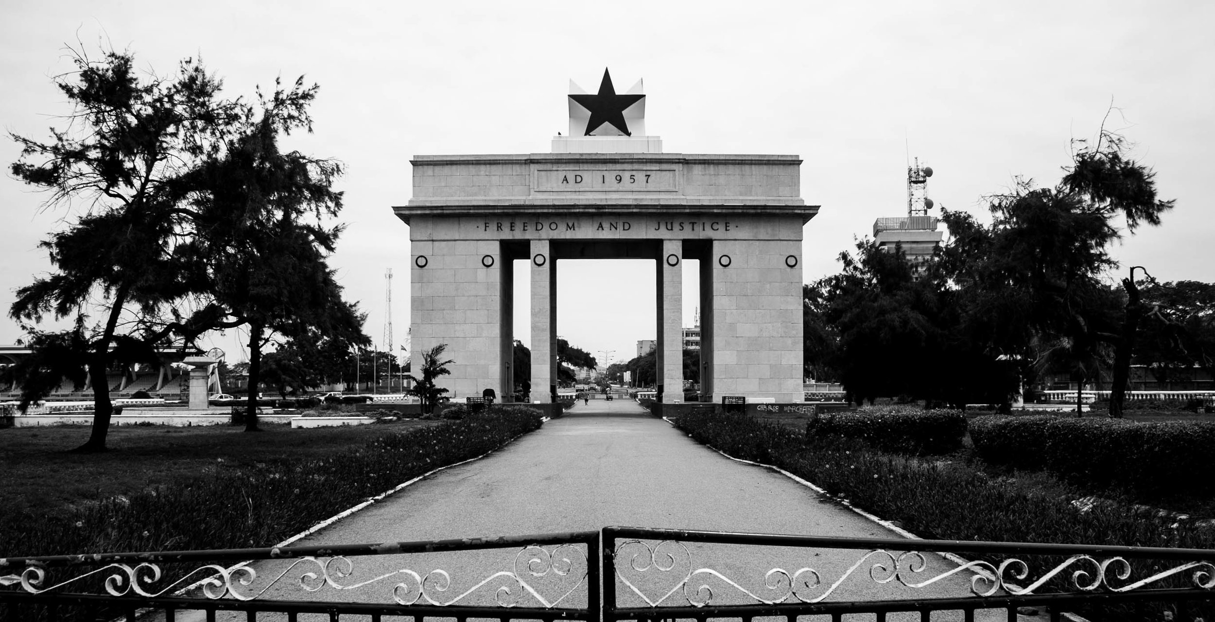The archway commemorating the independence of Ghana in 1957.