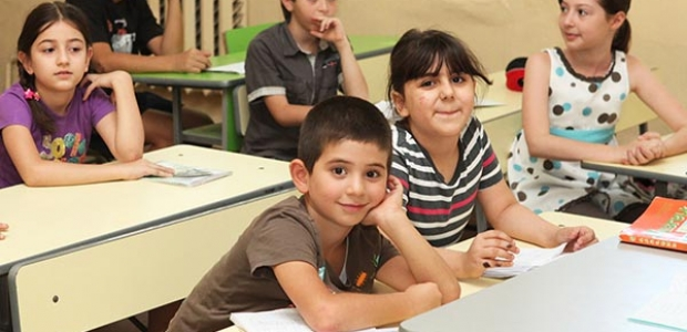 "Students at the ""Cilicean"" school for SyrianArmenians in Yerevan basic school #14  Photo Credit: Siranush Ghazanchyan, Public Radio of Armenia"