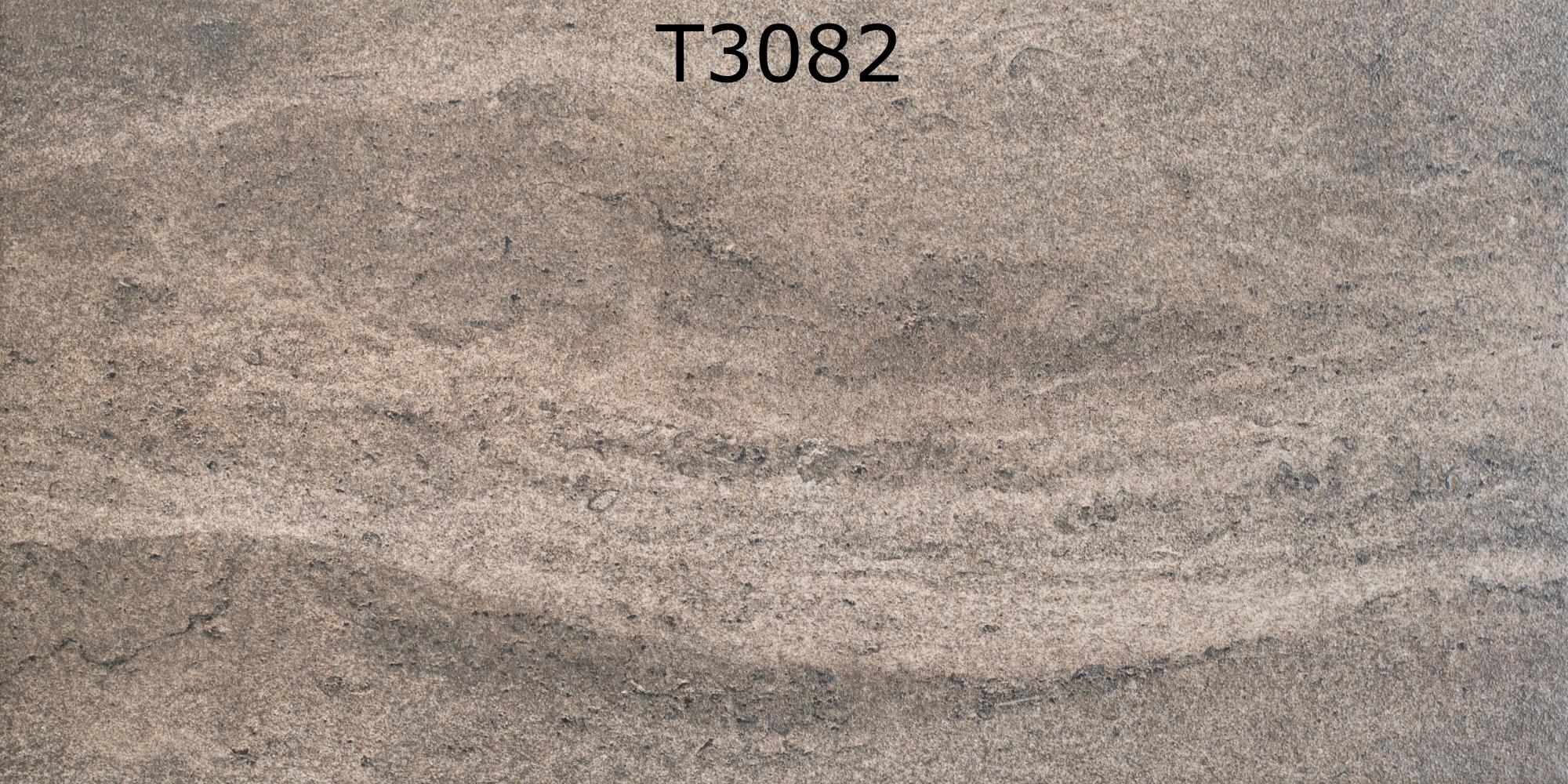 T3082