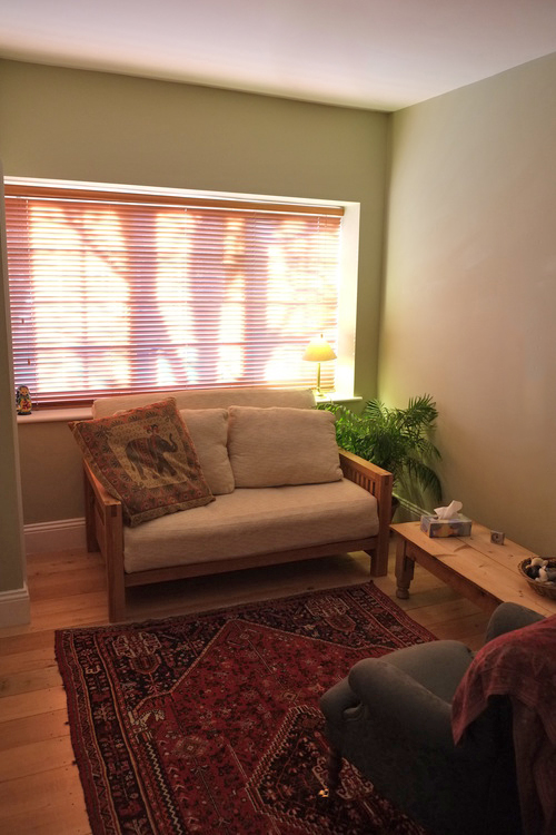 The counselling room . My counselling service is based in my home. The room is located at the front of the house, which makes it easy to access and private. There are toilet facilities and parking access.