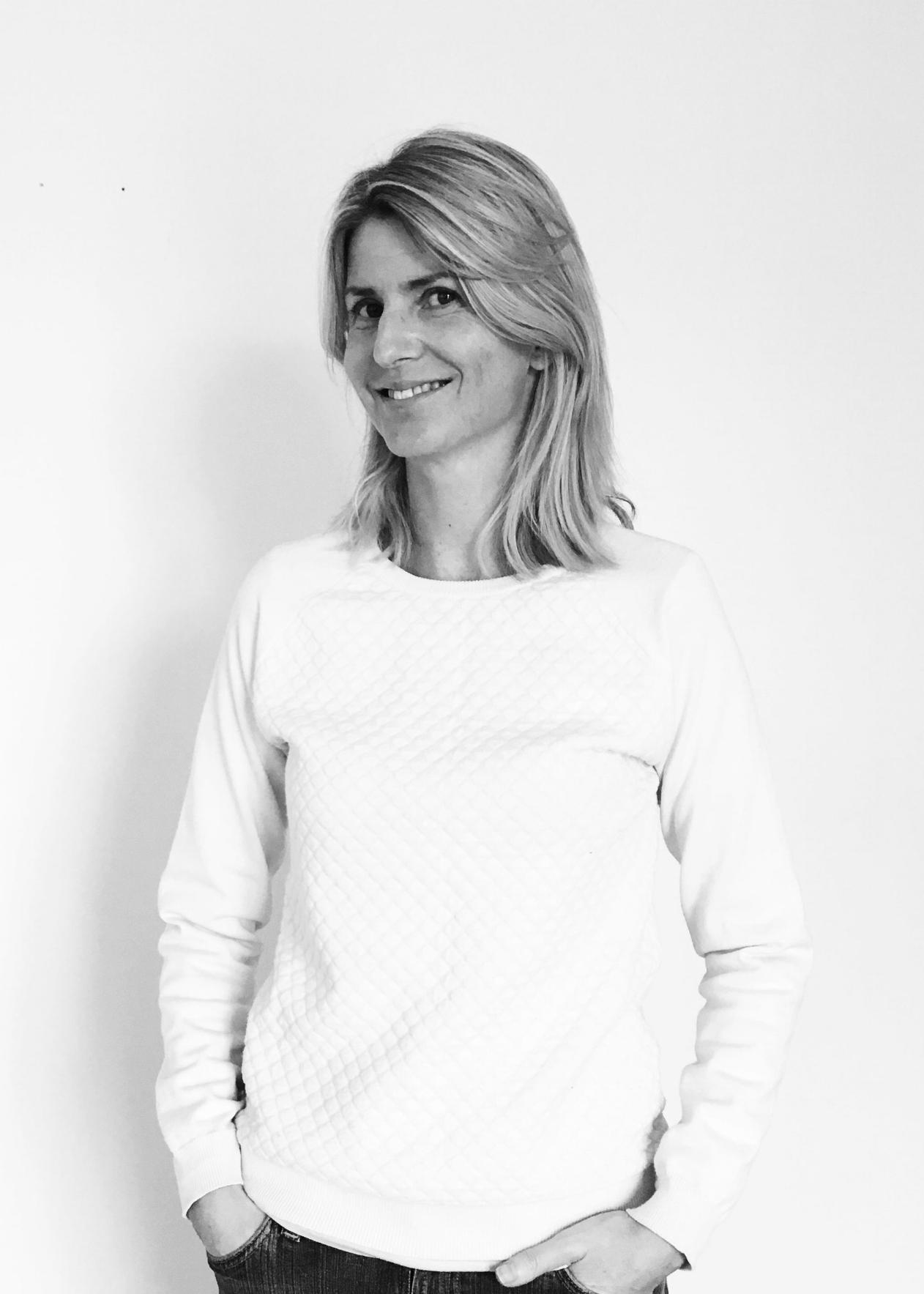 Anita Boysen,  grafisk designer    octoberdesign.no
