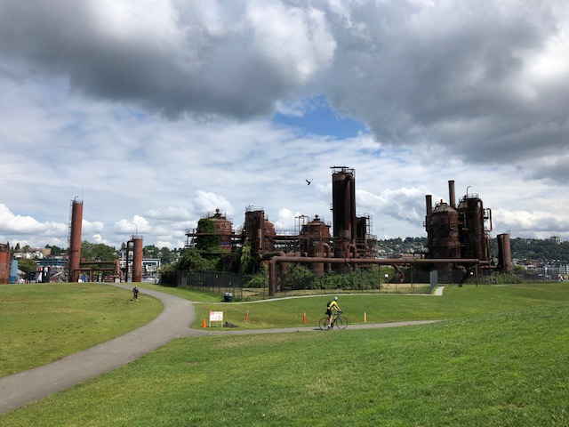 "Nothing says ""grunge"" like picnicking on the site of a decommissioned gasification plant."