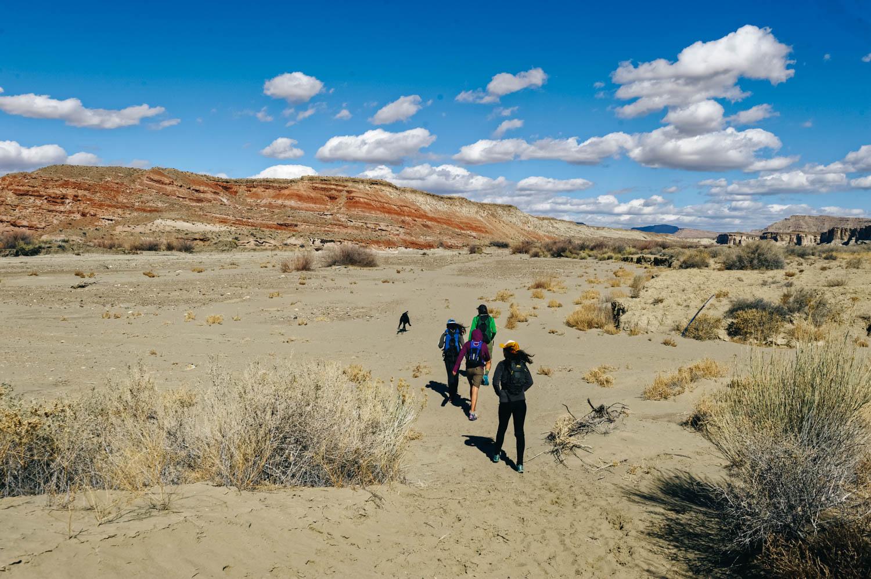 The beginning of the Wahweap Hoodoos hike.