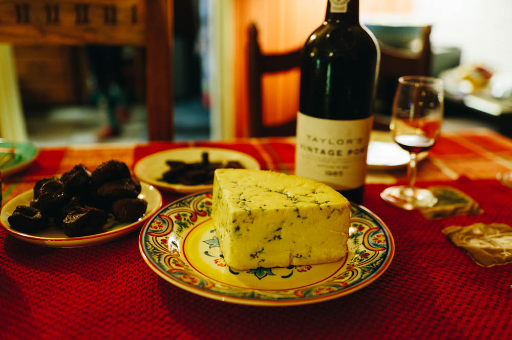 That we drank with Stilton blue cheese, figs and dark chocolate. It was heavenly.
