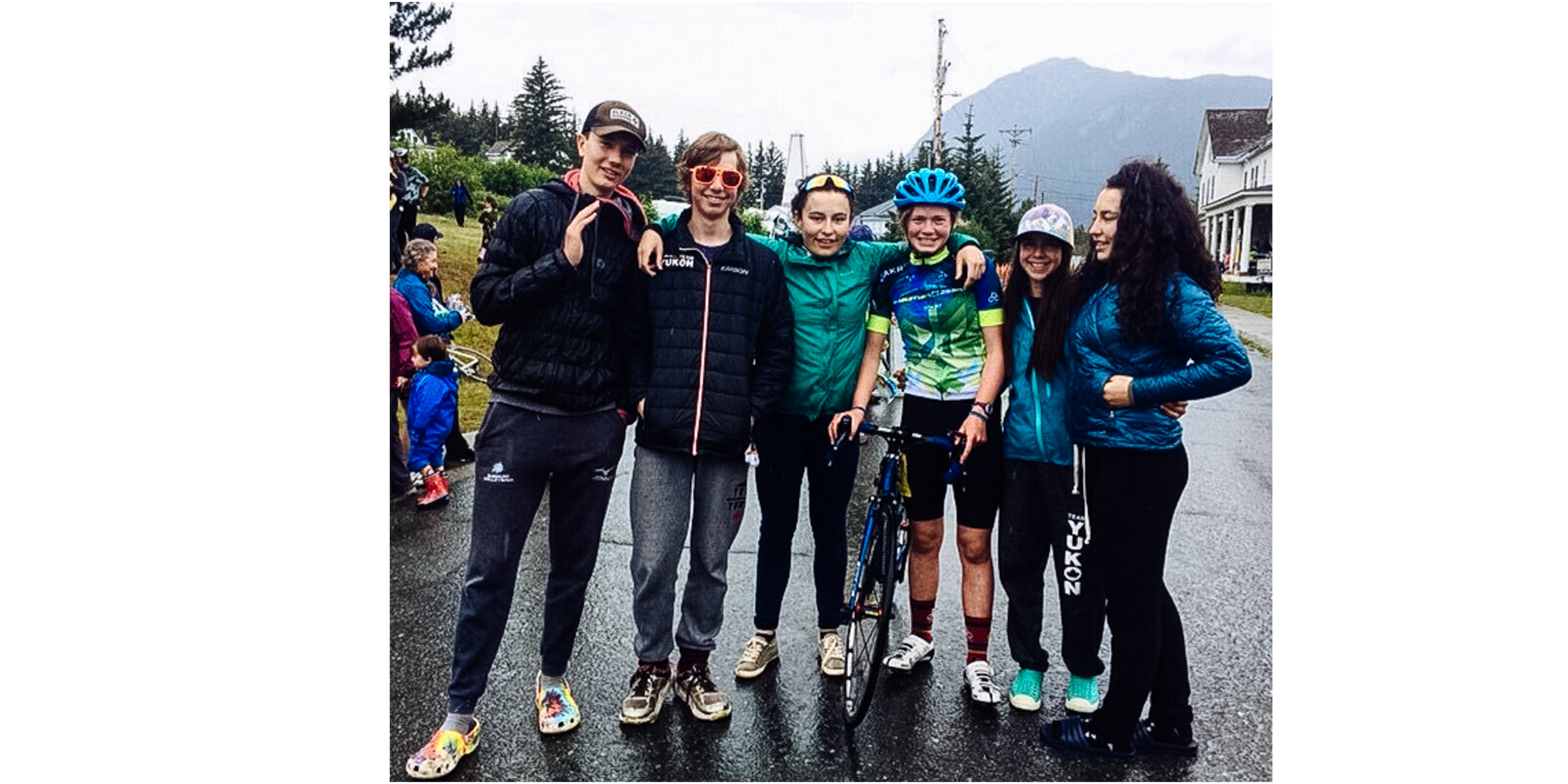 These kids finished first overall in the 8-person team category over 71 teams! They had put together a team of 6 (still qualifying as a team of 8, but the twins were doing 2 legs each) with 2 boys and 2 girls from the cross-country ski team (all 14 or 15 yo).