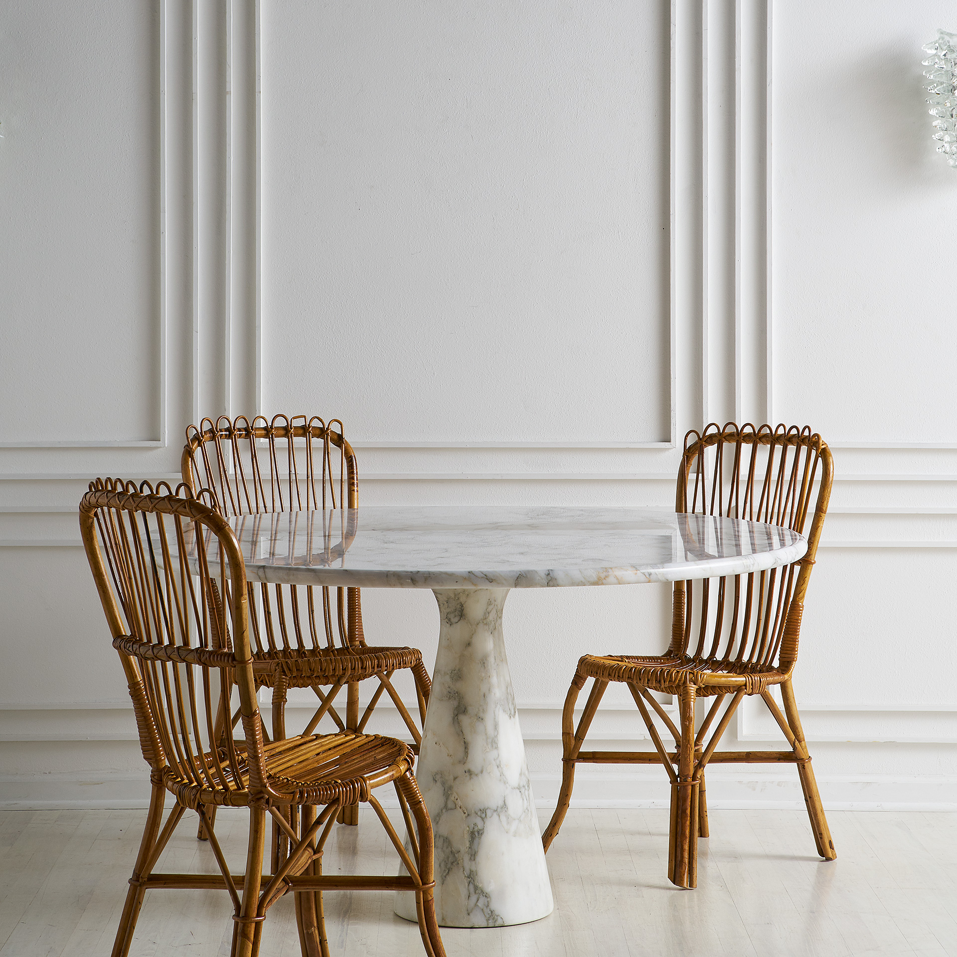 Picture of: Set Of 6 Bamboo And Rattan Dining Chairs Attributed To Bonacina South Loop Loft
