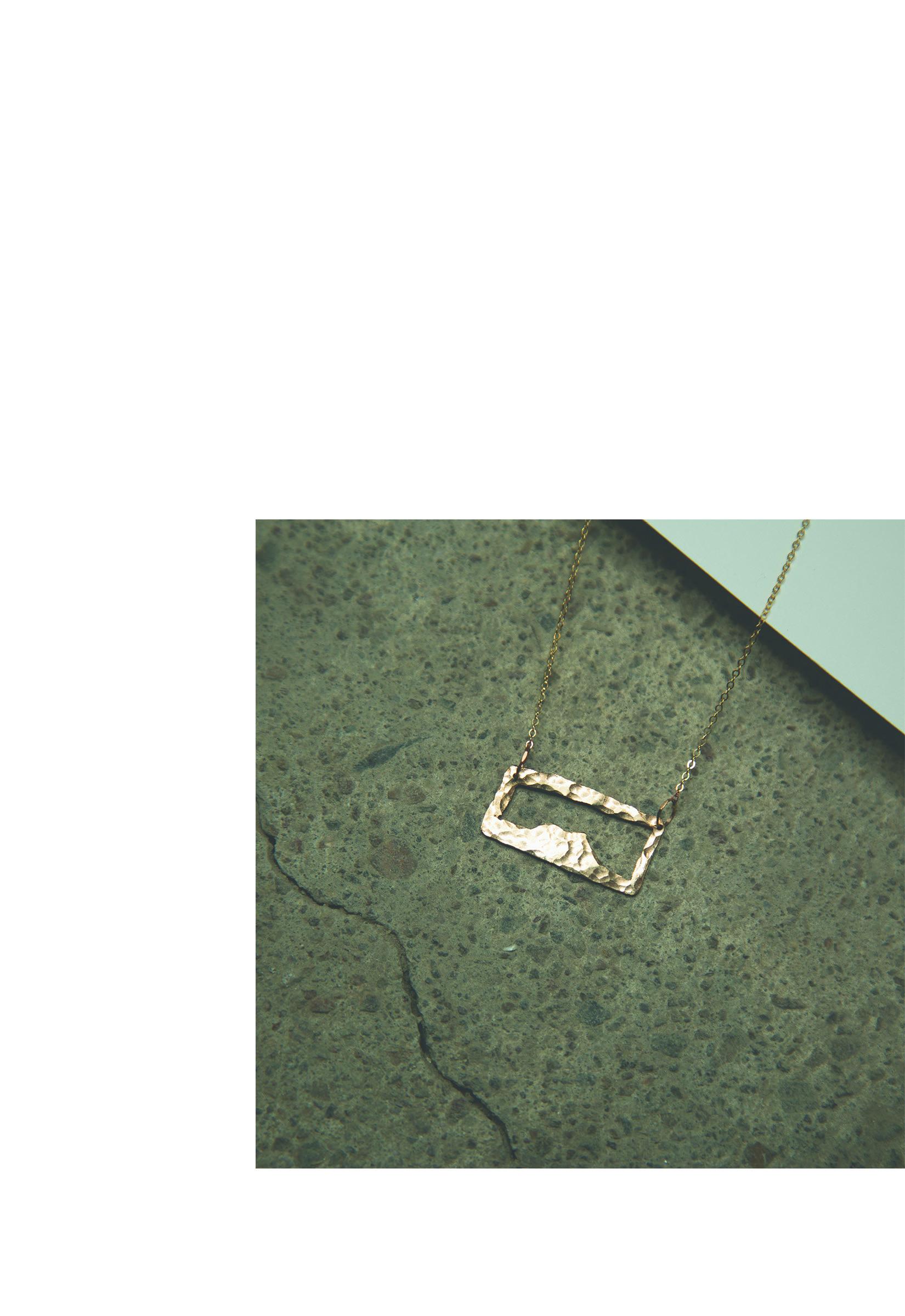 SpringSummer2019LookBook32.jpg
