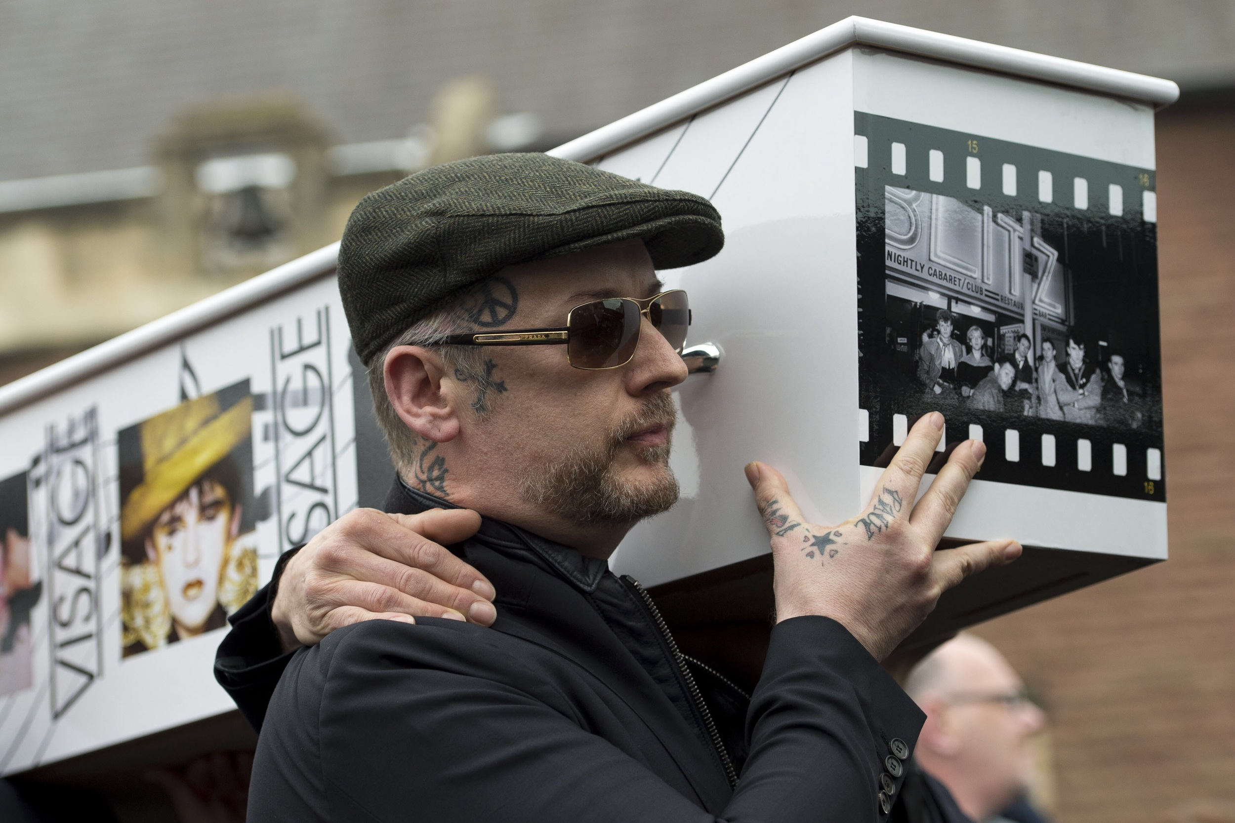 boy-george-carries-coffin-visage-star-steve-strange
