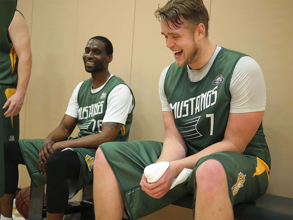 (L to R) Mustangs  Juemond Davis and Bronson Byrne