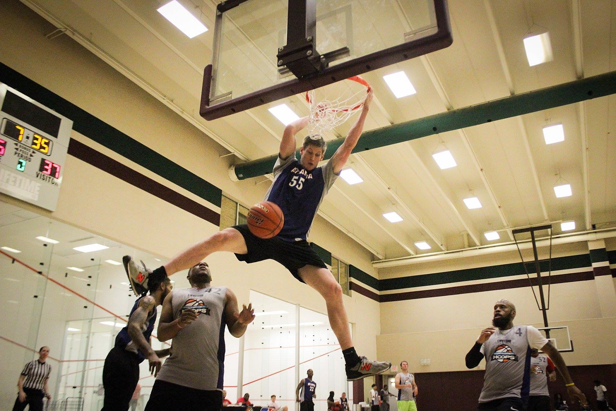dunking in Atlanta