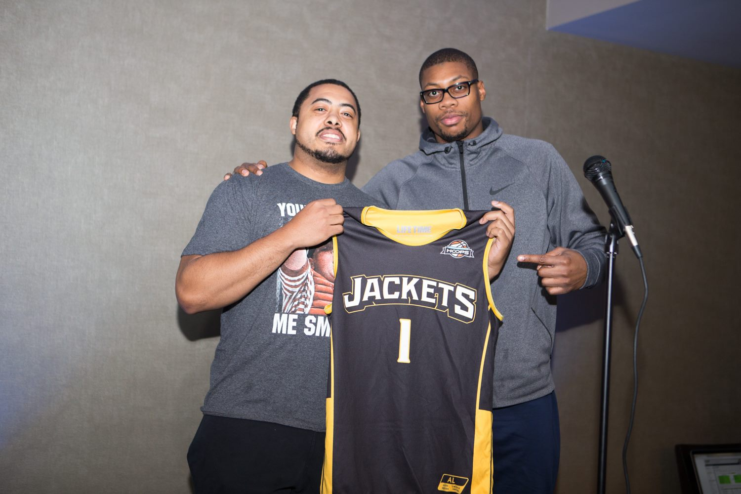 Sonny Young-Graves (left) drafting Ernest Clayton to the Yellow Jackets. Young-Graves will be the first-ever player-GM in the Dream League this season.