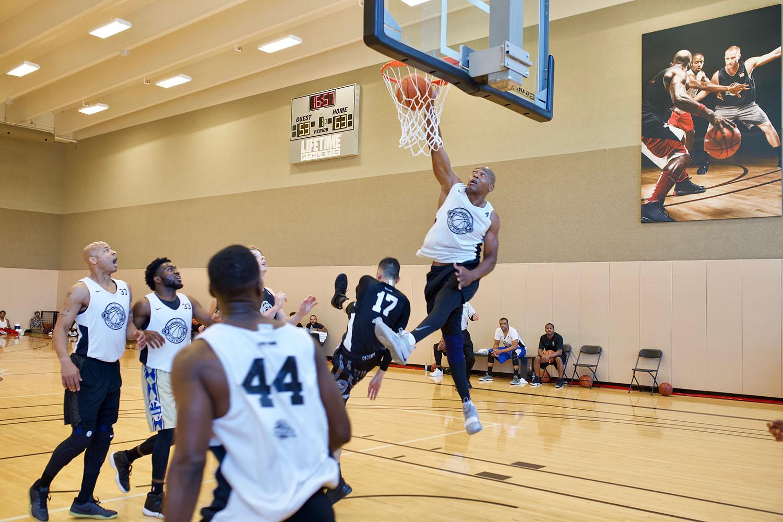 The ageless Rosegreen throws down a dunk