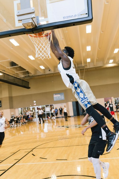 Eackles Jr. throwing down in the Las Vegas National Tournament