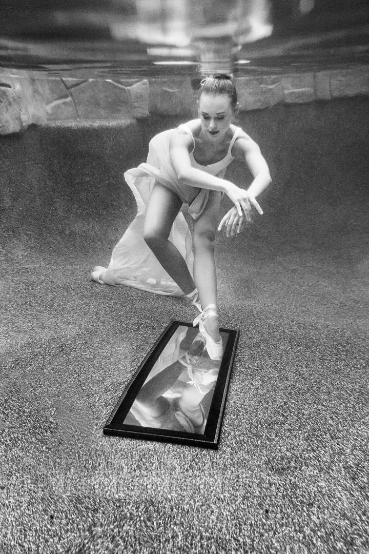 Underwater_Ballerina_MERMAIDSESSION_BrienneMichellePhotography_05.JPG