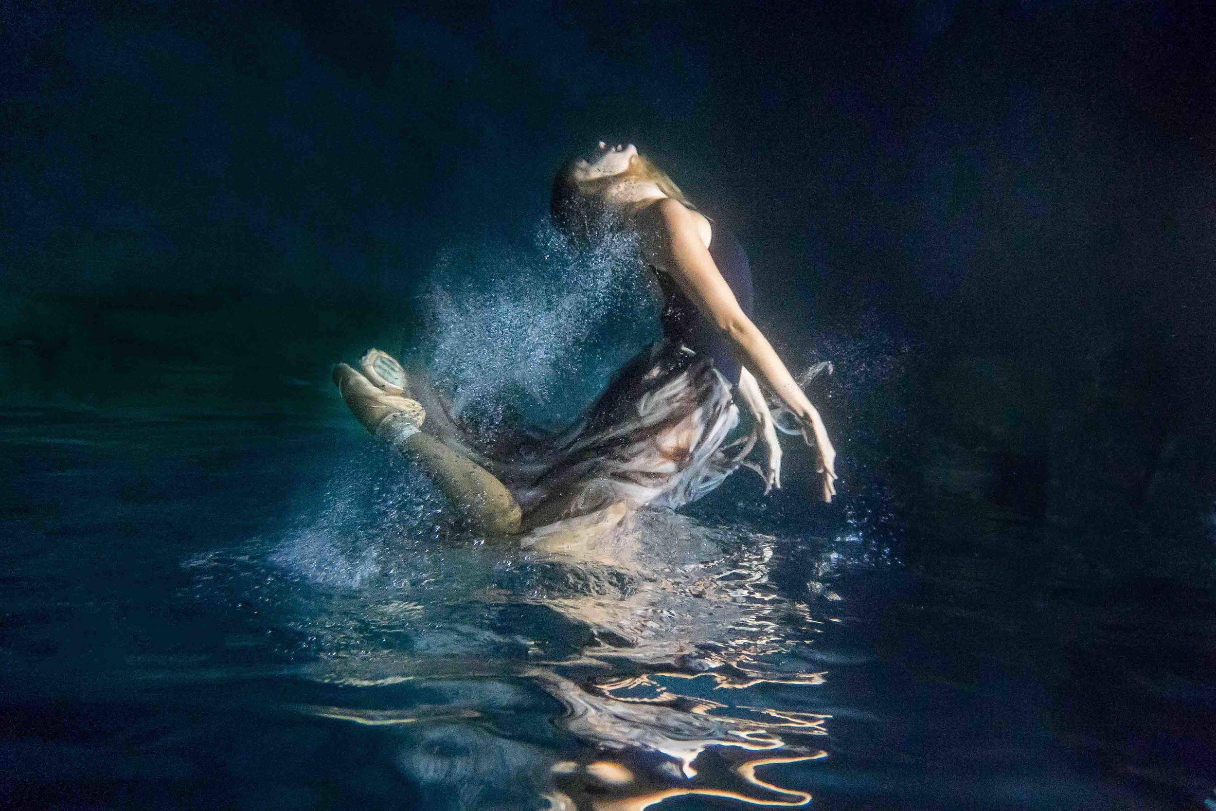 Underwater_Ballerina_MERMAIDSESSION_BrienneMichellePhotography_08.JPG