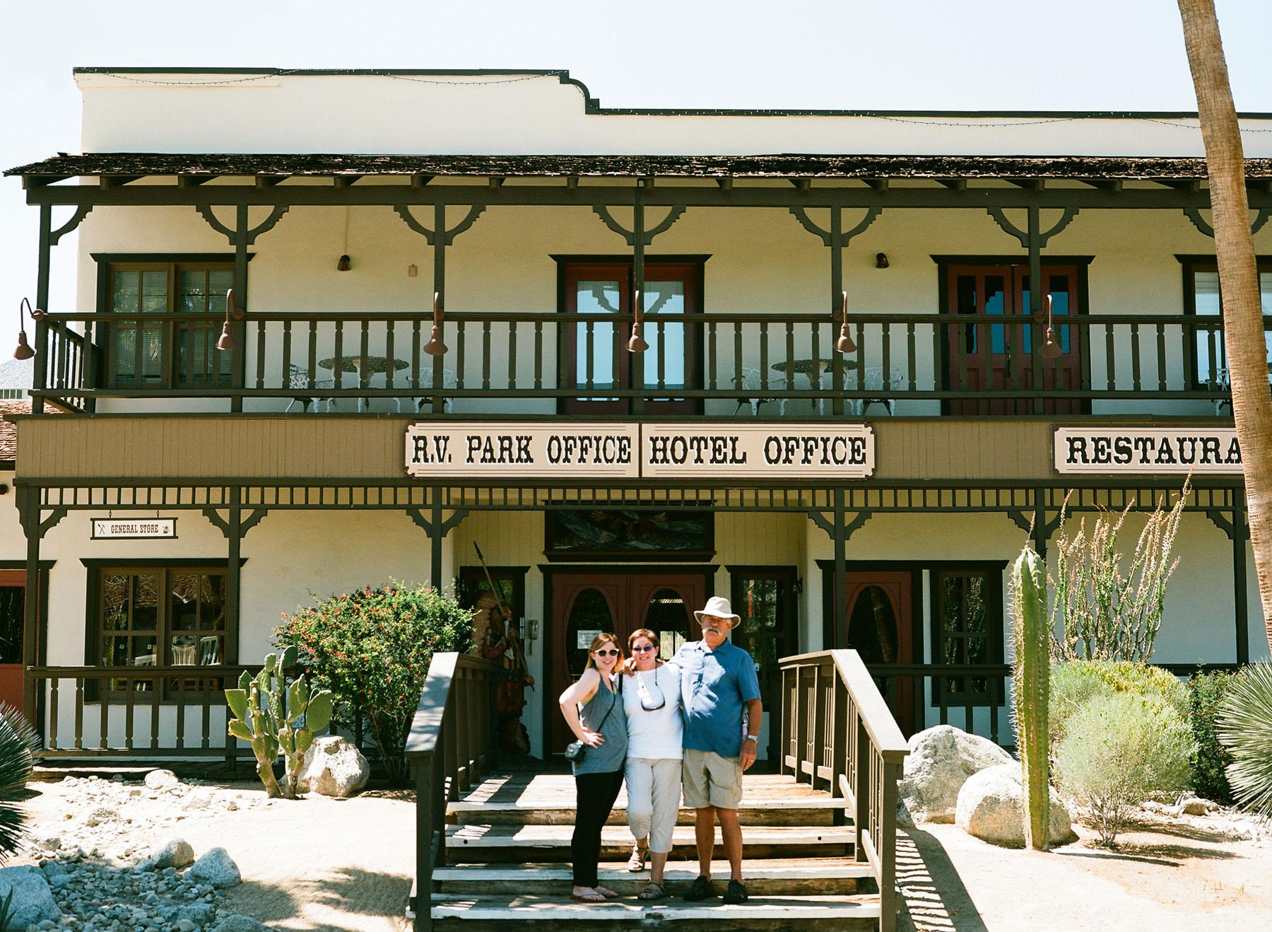 +Anza-Borrego-Hotel.jpg