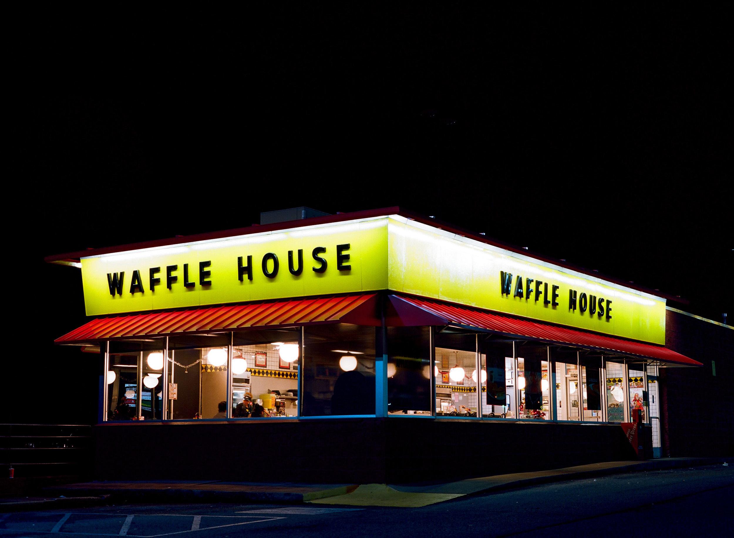 Waffel-House-01.jpg