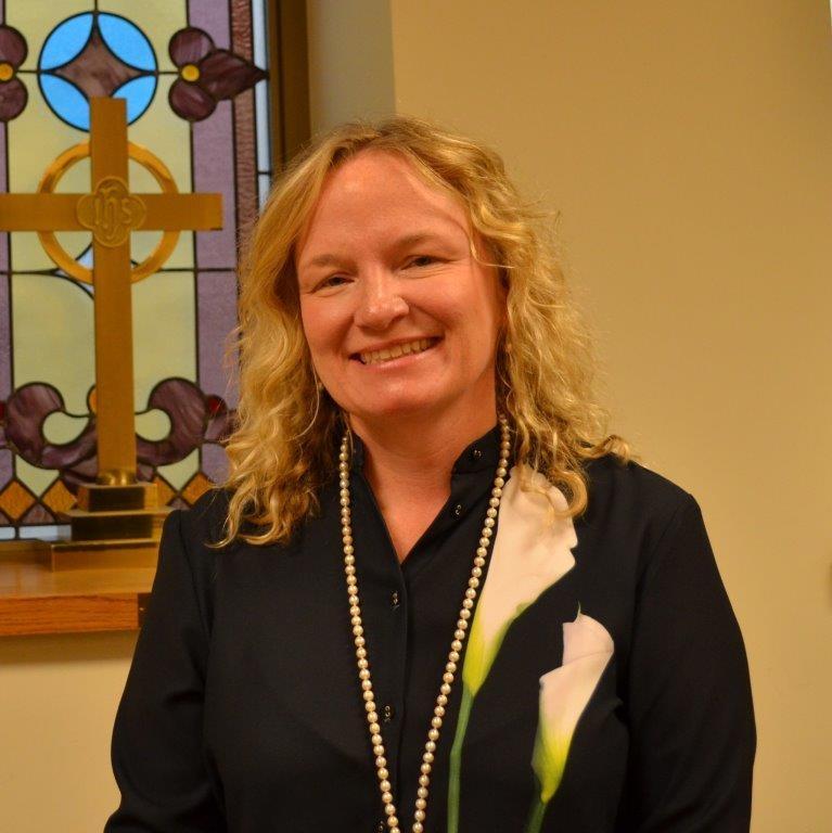Elizabeth Ross - Children & Youth Ministry Coordinator