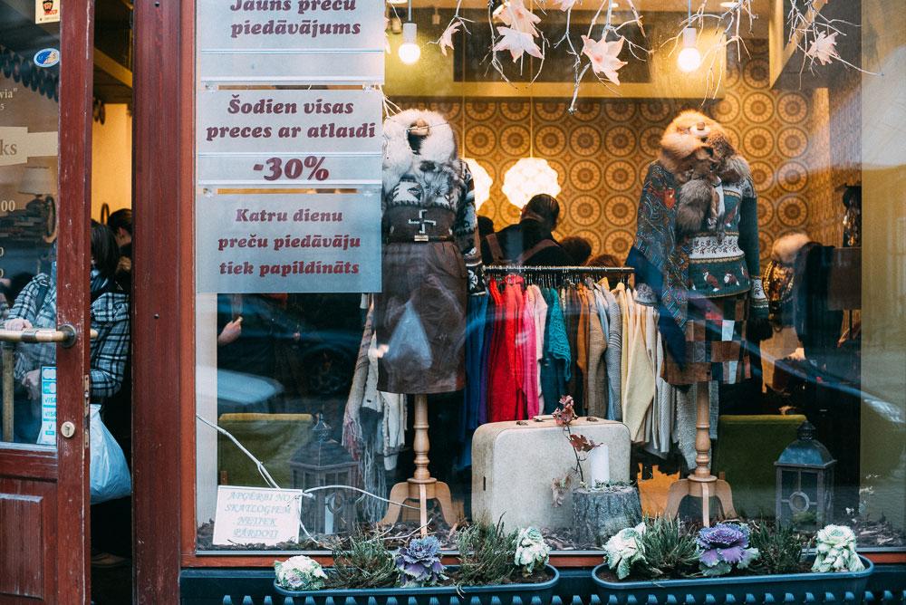 Humana vintage - en guide till Rigas second hand och vegetariska restauranger